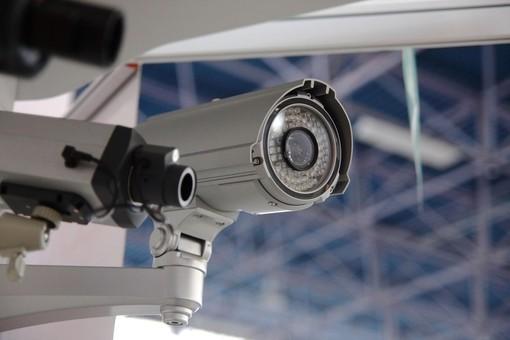 """Langa del Barolo più sicura: in nove comuni 34 telecamere """"leggi targa"""" e altre 90 """"di contesto"""""""