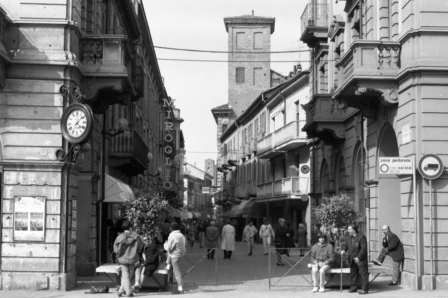 """Alba, """"Come eravamo?"""": in proiezione il racconto per immagini sulla città nel secolo scorso - TargatoCn.it"""