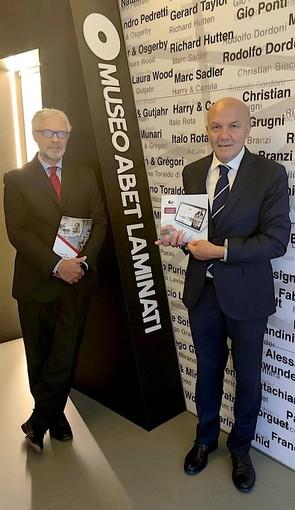 Da sinistra l'amministratore delegato e direttore generale della Abet Laminati, Ettore Bandieri, e il direttore Pegaso e Mercatorum Carmine Maffettone