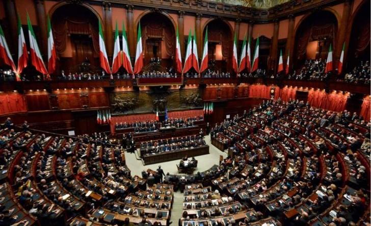 Ecco i vitalizi degli ex deputati e senatori della for Numero senatori e deputati in italia