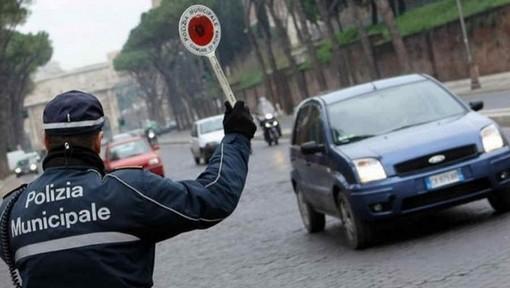 """Da domani in Piemonte la """"scatola nera"""" che permette anche alle auto inquinanti di circolare"""