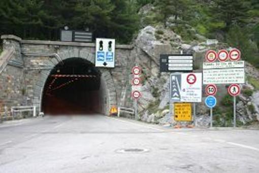 Lunedì 25 novembre il tunnel del Tenda sarà chiuso per almeno due ore
