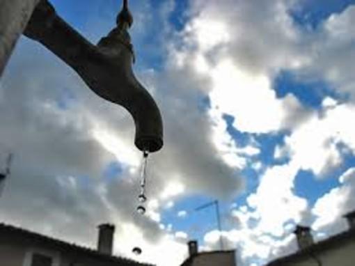 """Acqua pubblica, l'associazione Comuneroero in campo contro i sindaci """"dissidenti"""""""