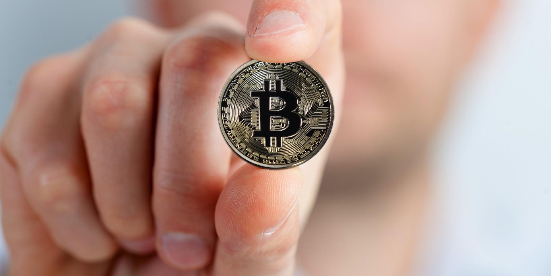 bitcoin nuorodos programa pirkti bitcoin akcijų rinkoje