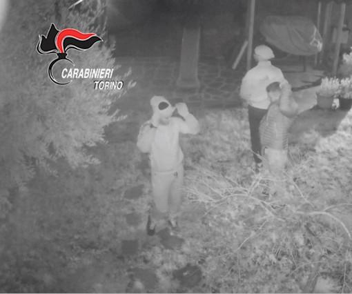 """Furti a tappeto nelle case con """"foto ricordo"""" dei proprietari mentre dormono: sei arresti [VIDEO]"""