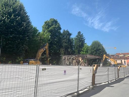 """Savigliano, Giorgis (M5S) su piazza Cavour: """"Un progetto con pavimentazione e un gabinetto? Non ci convince!"""""""
