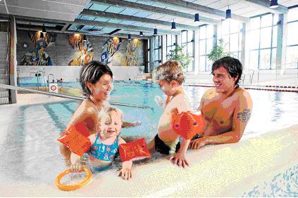 Promozioni speciali per le famiglie alla piscina comunale for Piscina cuneo