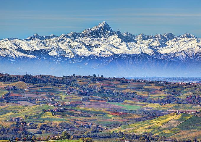 Alba inaugura l esposizione fotografica dei paesaggi for Fiere in piemonte oggi