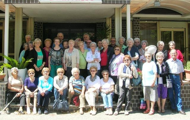 Alba: grande divertimento per gli anziani frequentanti i ...