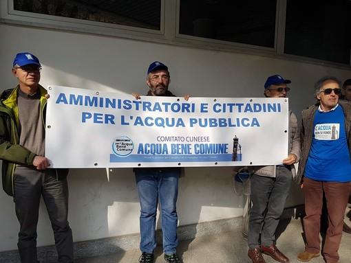 10 anni fa l'Italia scelse l'acqua pubblica: da Cuneo a Roma per manifestare e confermare l'esito di un referendum storico