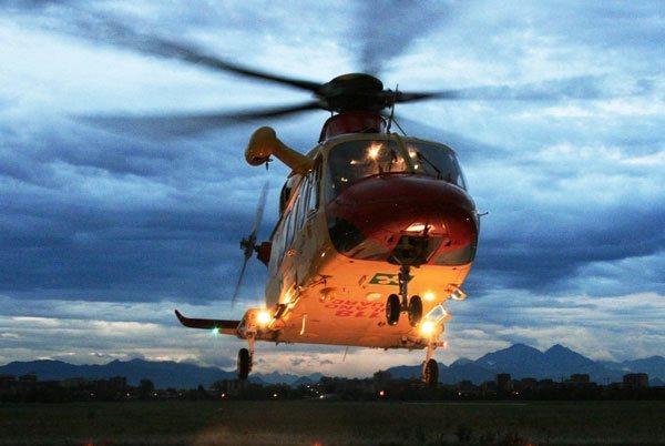 Elicottero Notte : Costa appena euro far atterrare di notte l