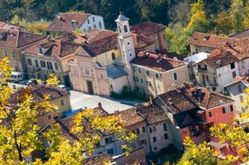 Lavori al campanile: cambia la viabilità di San Michele Mondovì