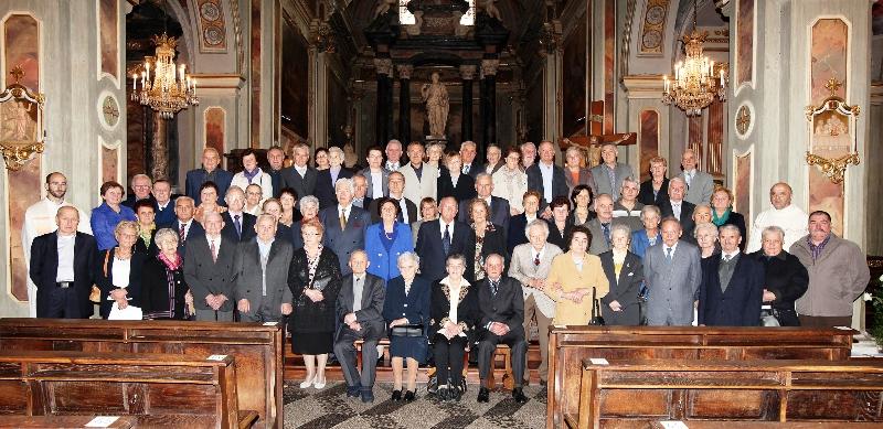 Eccezionale Sessantotto coppie in festa a Boves per l'anniversario di  IP52