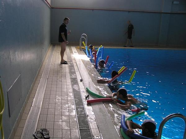 La nuova gestione della piscina di cuneo presti orecchio for Piscina cuneo