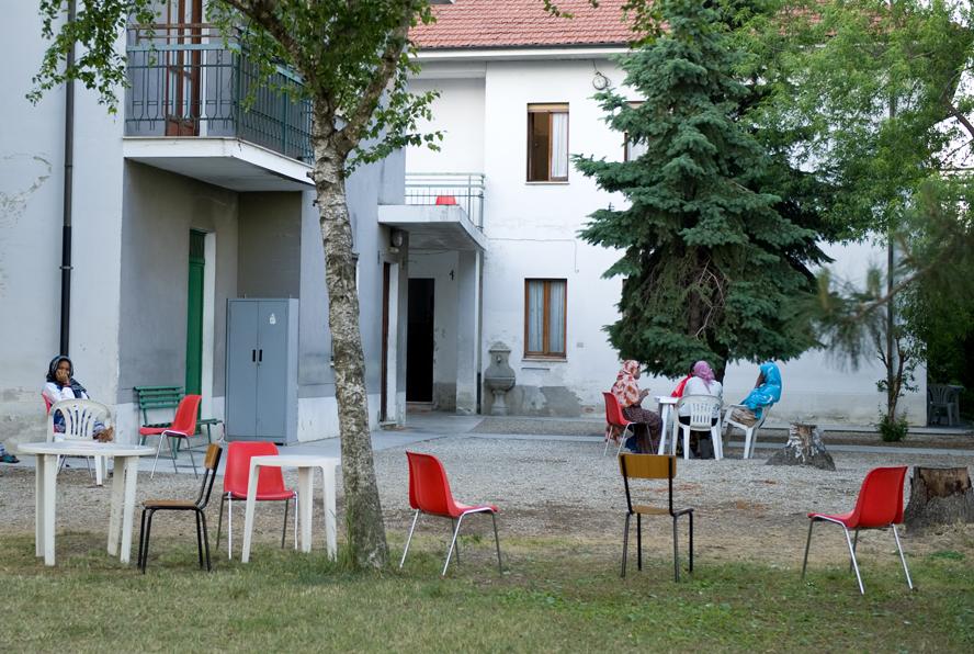 Racconigi domani la questura consegna il permesso di for Questura di roma ufficio immigrazione permesso di soggiorno