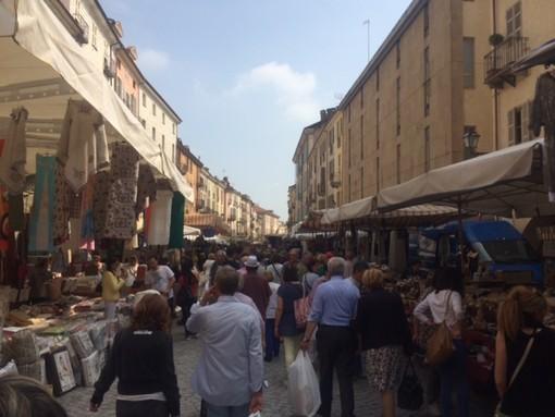 Mercati regolarmente aperti in Piemonte: il Coronavirus annullla gli eventi ma non i mercati