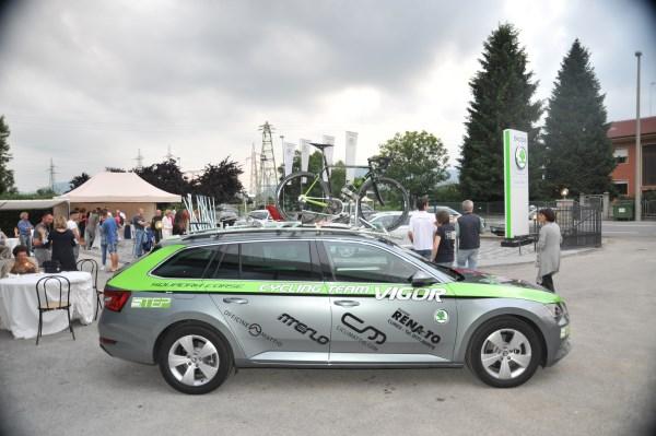 Grande successo per l 39 inaugurazione di koda nuova renauto for Renauto 2000