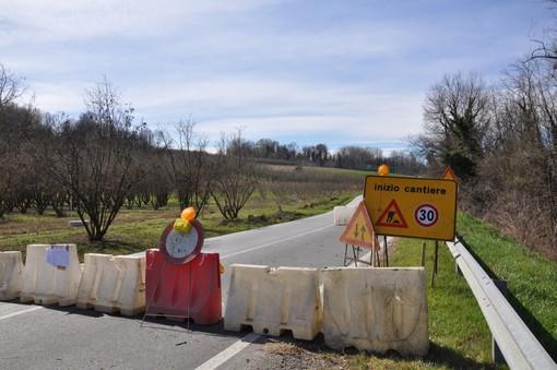 Nel marzo scorso la chiusura dovuta al rifacimento della rotatoria ai piedi dell'ospedale di Verduno