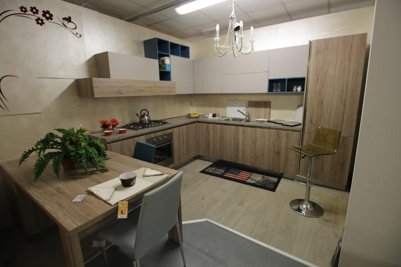Alla valvaraitastock arredamenti di piasco sconti speciali for Sconti arredamento casa
