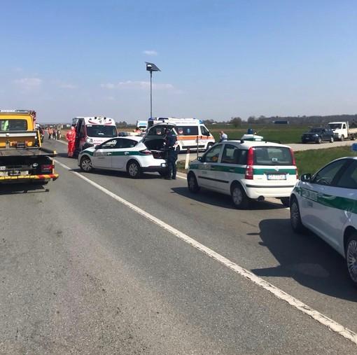Incidente a Tagliata di Fossano: due persone ferite, chiusa la SS 231 in entrambe le direzioni