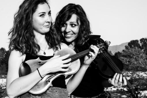 Continuano i concerti nel sabato di mercato a Boves: il 19 giugno musica con i Duea