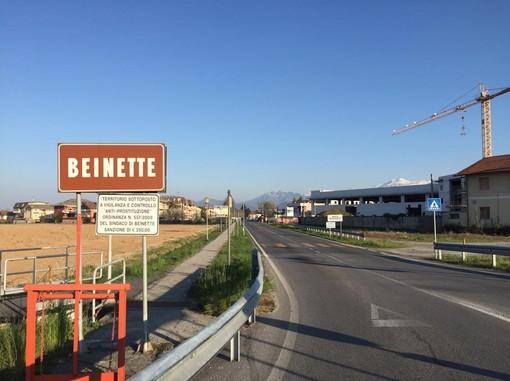 La Regione Colombero arrivando da Cuneo: a valle della strada il territorio di Beinette; a monte quello della frazione Santa Margherita di Peveragno