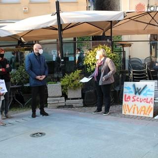 A Mondovì Priorità alla Scuola in piazza per la creazione di un tavolo di confronto tra genitori, scuole e amministrazione (FOTO)