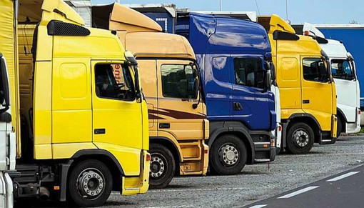 Dal 15 ottobre obbligo di Green pass anche per i camionisti. E gli autisti stranieri?