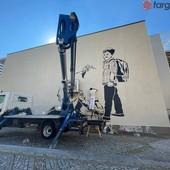 La realizzazione del murales al Polo Scolastico di Piazza