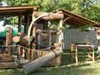 La sega verticale per il taglio del legno e degli assi