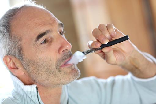 Liquidi per le sigarette elettroniche e nicotina: le nuove linee guida