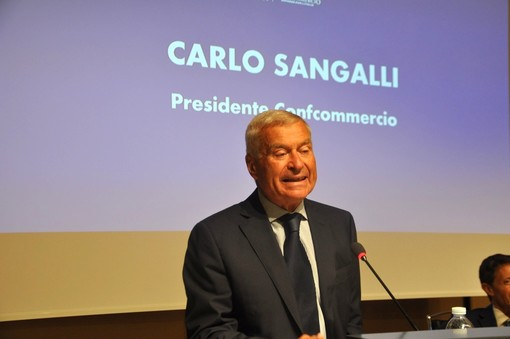 Carlo Sangalli, presidente nazionale Ascom Confcommercio, intervenuto all'assemblea annuale Aca