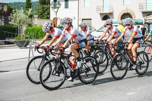 Le atlete del Racconigi Cycling Team impegnate nella 24esima edizione del Giro della Provincia di Pordenone