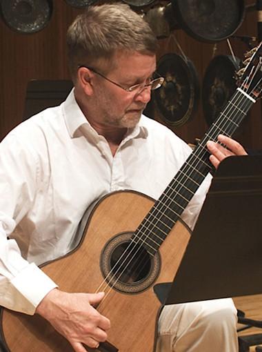 Magnus Andersson, chitarra classica ed elettrica al Ghedini di Cuneo