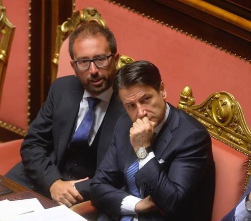 Il ministro della Giustizia Alfonso Bonafede, qui insieme al premier Conte (immagine Fb)