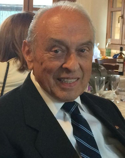 Lutto a Cuneo: è morto Armando Regis, storico titolare del bar della Stazione