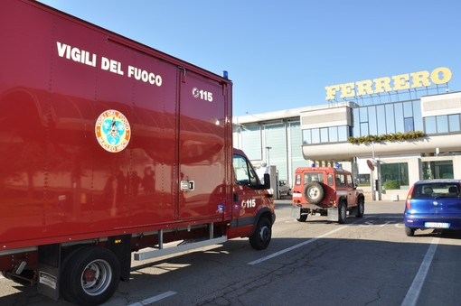 L'intervento del Nucleo Ncbr dei Vigili del Fuoco, lo scorso 5 aprile allo stabilimento Ferrero di Alba