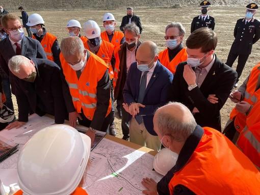Nel marzo scorso la visita al cantiere del viceministro Morelli