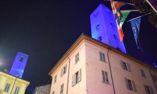 Giornata mondiale dell'autismo: le torri albesi si illuminano di blu