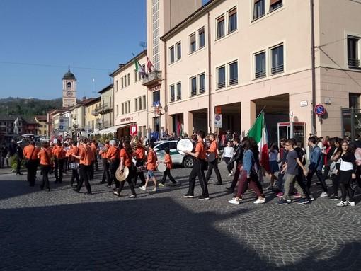 Anche Boves sfila in corteo per commemorare il 25 aprile (GALLERY)