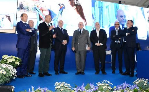Il direttore Scalise e il presidente Ceretto intervengono ala recente assemblea di Banca d'Alba