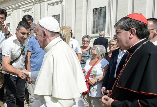 Francesco Borgheresi a Roma nel 2017 ricevuto da Papà Francesco come una delle vittime del Forteto