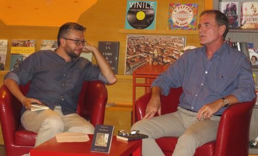 Claudio Coletta ha presentato a Bra il suo nuovo libro, ambientato in valle Maira