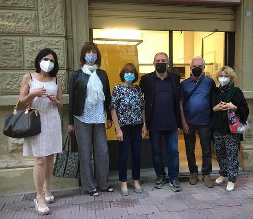 Giancarlo Boselli e i membri del comitato di quartiere