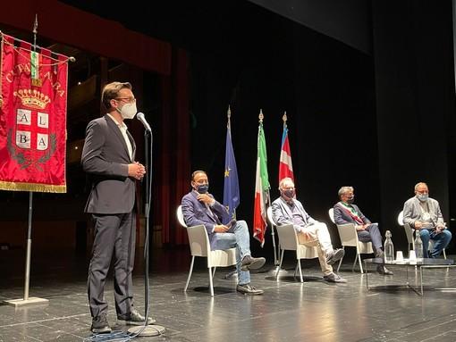 Da sinistra: Emanuele Bolla, Alberto Cirio, Massimo Garavaglia, Carlo Bo e Luca Ferrua