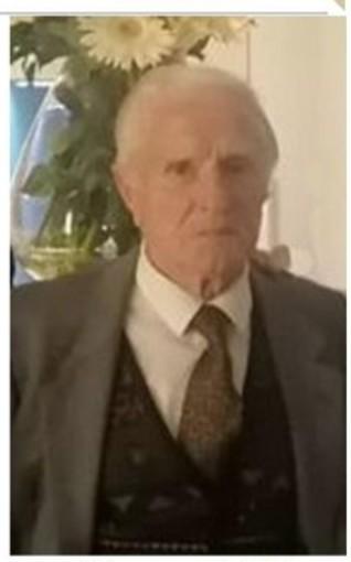 """Bra, commozione per l'ultimo saluto allo storico parrucchiere Bartolomeo """"Berto"""" Peretti"""