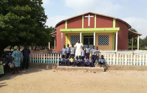 Inaugurata la chiesa realizzata in Benin grazie alla solidarietà dei braidesi