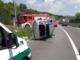 Incidente alle porte di Bra: 60enne albese esce illeso dall'auto rovesciata sulla Ss 231