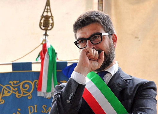 Il sindaco Mauro Calderoni