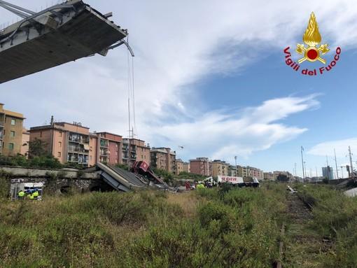 Bandiere a mezz'asta per le vittime del ponte Morandi domani a Palazzo Lascaris